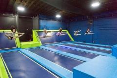 Synchronized jump splits